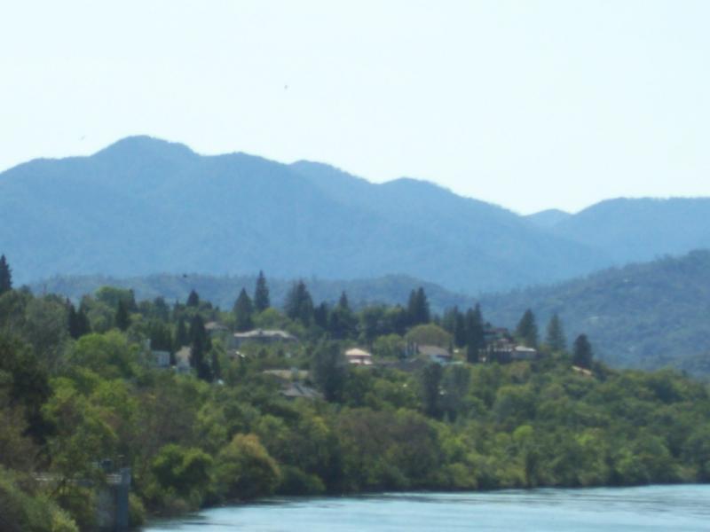 Shasta County CA   River Community on the Sacramento River!