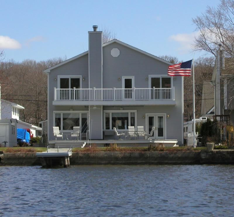 Lake Hopatcong Lakefront Homes For Sale