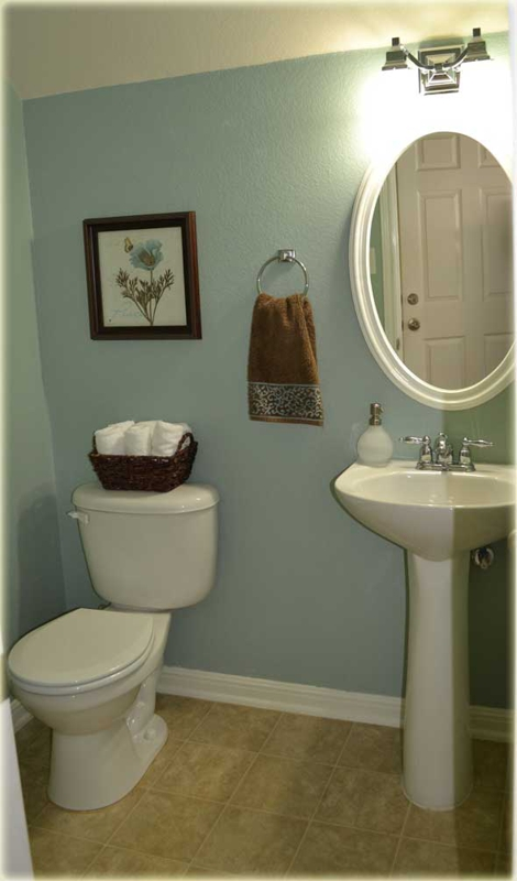 Even small rooms can make a big impression for Staging bathroom ideas