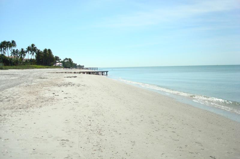 Naples FL Beach Shot Dec 2009