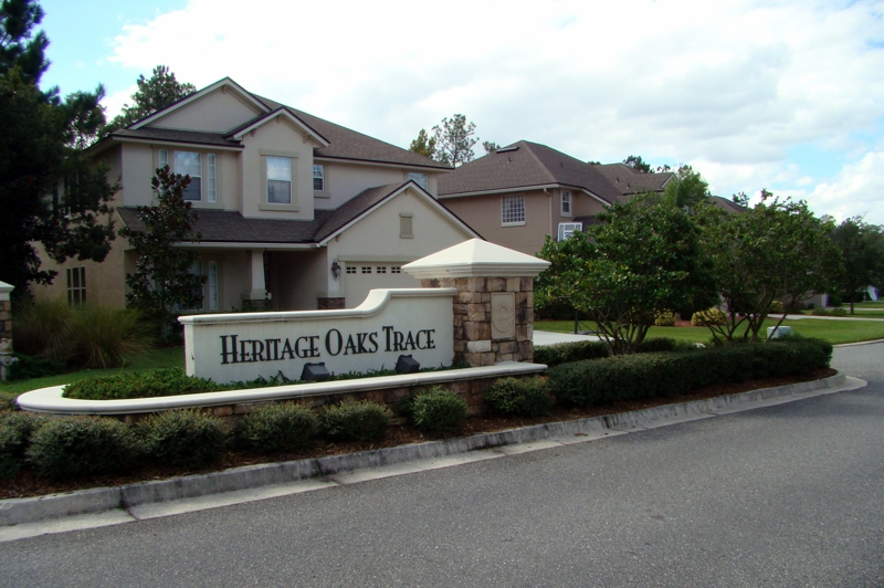 Entrance to Heritage Oaks Trace at Fleming Island Plantation