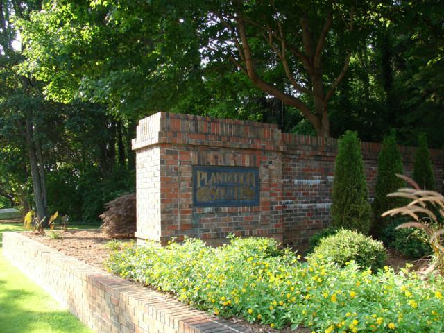 Plantation South Entrance