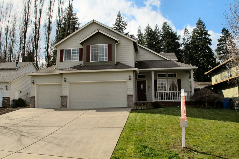 Vancouver wa homes for sale check out this felida gem for Home builders vancouver wa