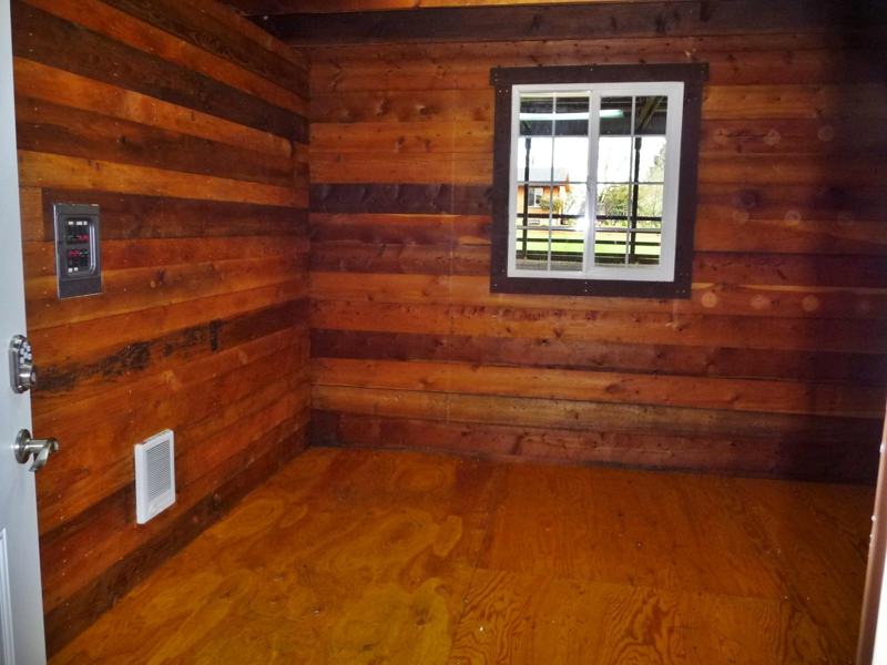 Totally remodeled horse property salem oregon for Square footage of 12x12 room