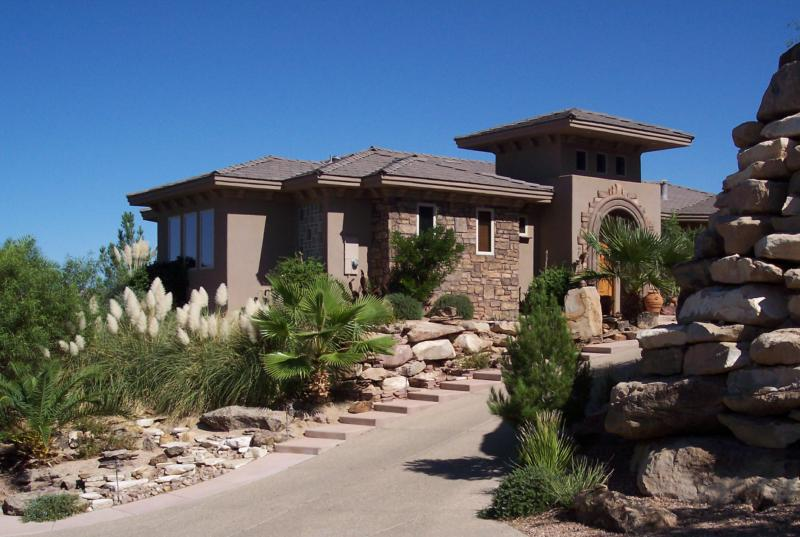 1707 S PARAGON Drive, St. George, UT