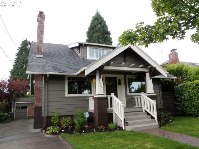 Based Off Of 1930s Craftsman Designs Mccaleb Homes 39 Bungalow Collection Features Lots Of Charm