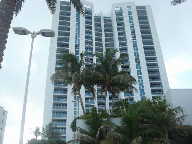 Aquazul in Lauderdale by the Sea