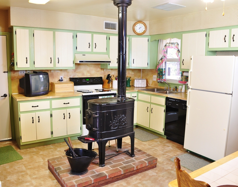 Affordable Telford Borough Cape Cod Style Home For Sale