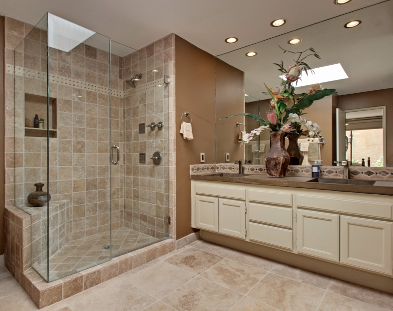 Monterey country club luxury condo for sale in palm desert for Country bathroom ideas photo gallery