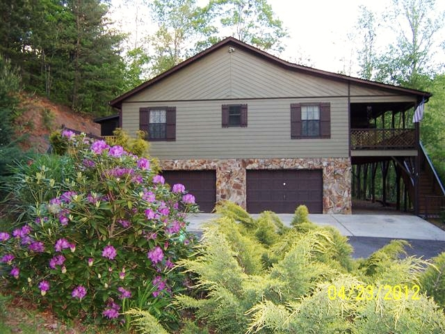 97 Lonesome Dove Lane Franklin, NC Home for Sale