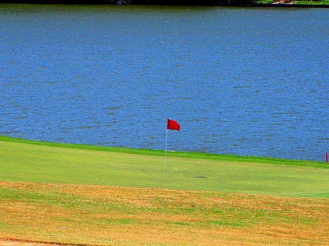 Huntsville TX Real Estate, elkins lake,mari montgomery realty,your elkins lake experts,free golf,real estate companies