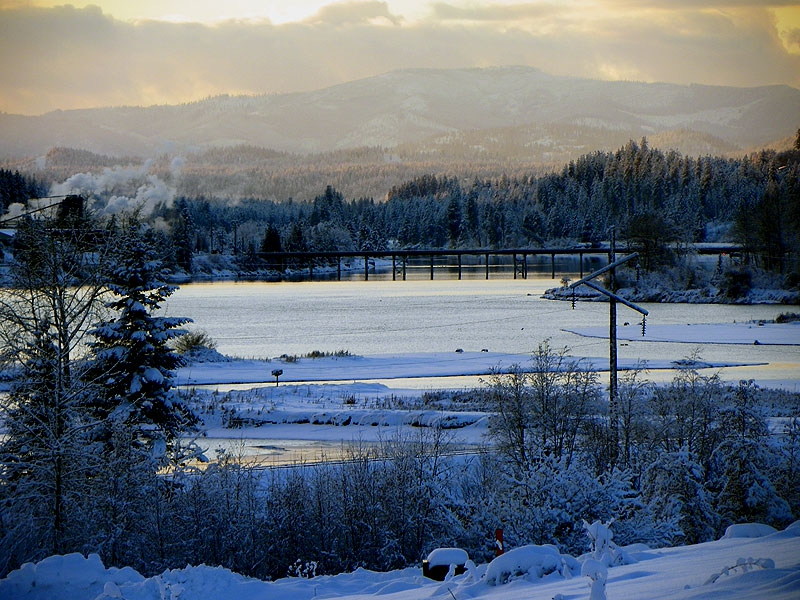 Looking into Priest River, Idaho from the snowy shores of the Pend Oreille River