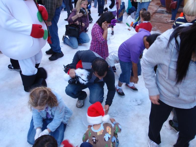 Hardworking Children at Snowman competition
