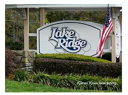 Lake Ridge Sign