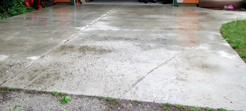 Poor concrete work 1 year old driveway Chelan Home Inspection