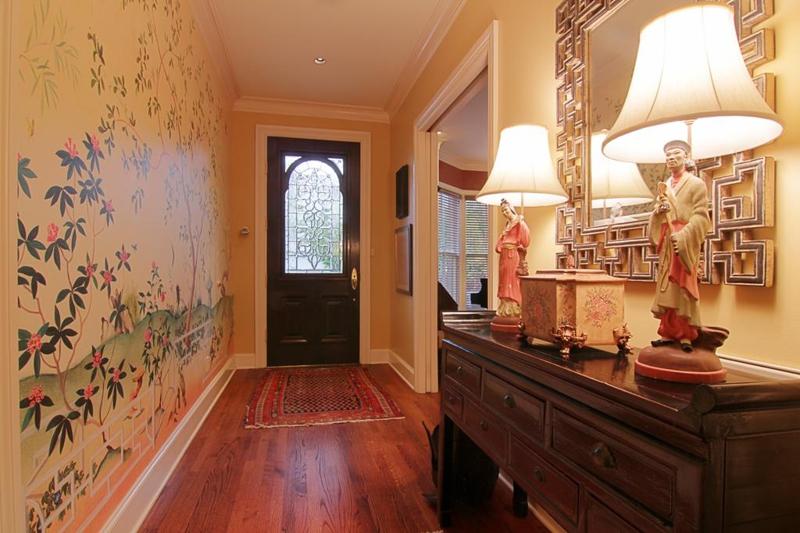 2801 Colquitt, Houston Texas - Entry Foyer