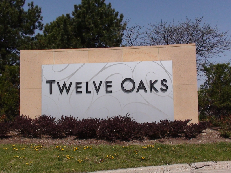 TWELVE OAKS NOVI MICHIGAN