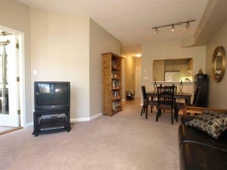 North Vancouver 1 bedroom condo for sale