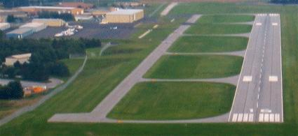 Runway 16/34 Carroll County Airport