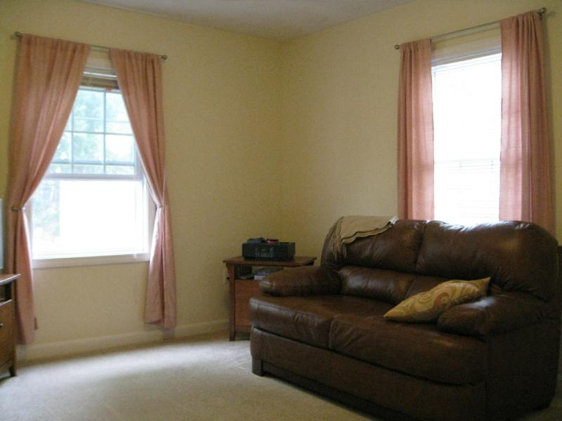 For sale gorgeous 2 bedroom townhouse in malden ma for Master down townhomes