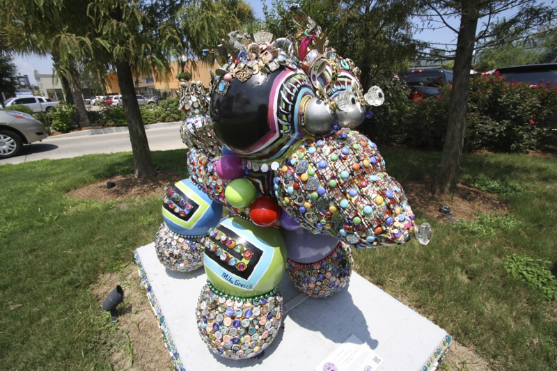 Mosaic Bead Dog in Lakeview, New Orleans LA