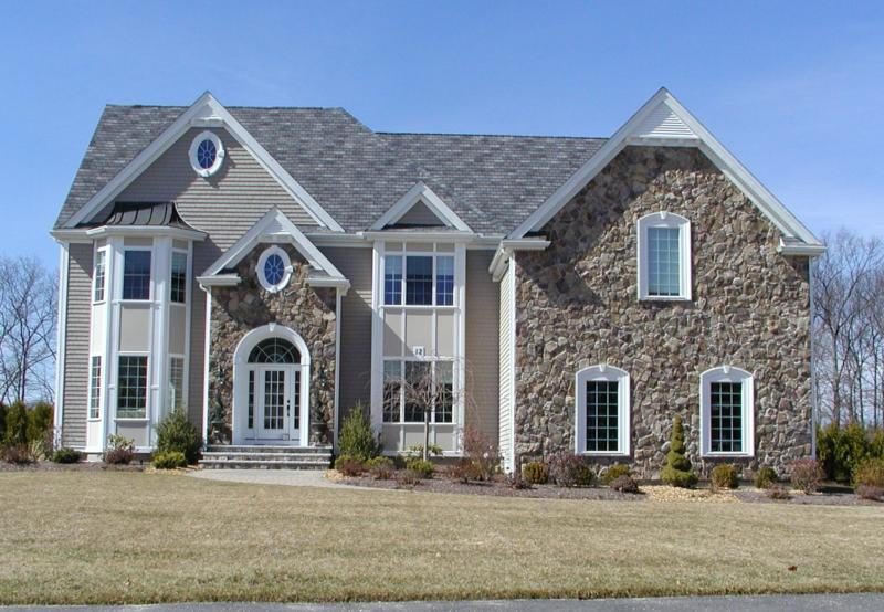 Connelly Hill Estates Home - Hopkinton Ma