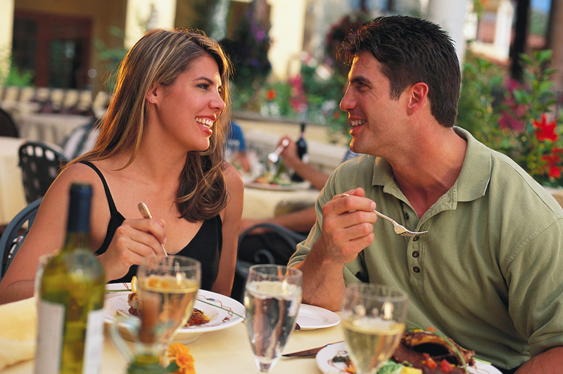 Couple eating in restaurant