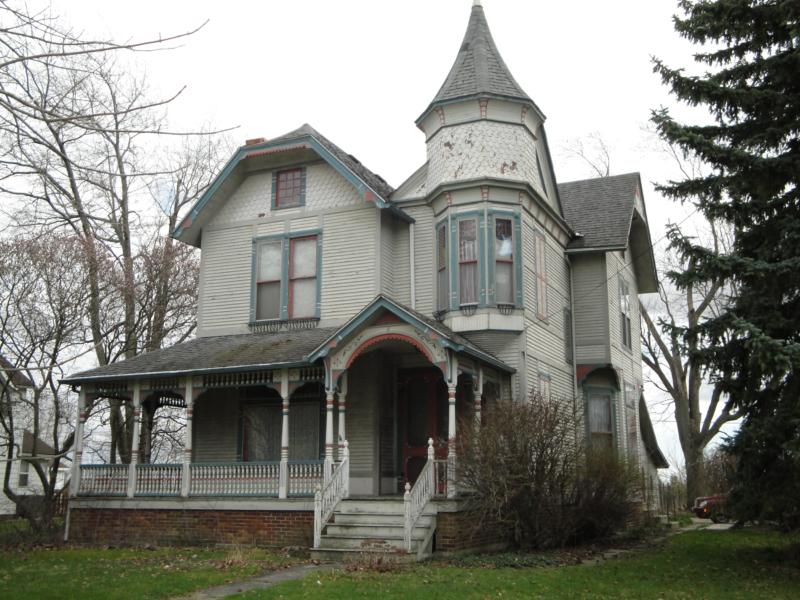 Bowling green ohio short sale opportunity 3000 sq ft for Large victorian homes for sale