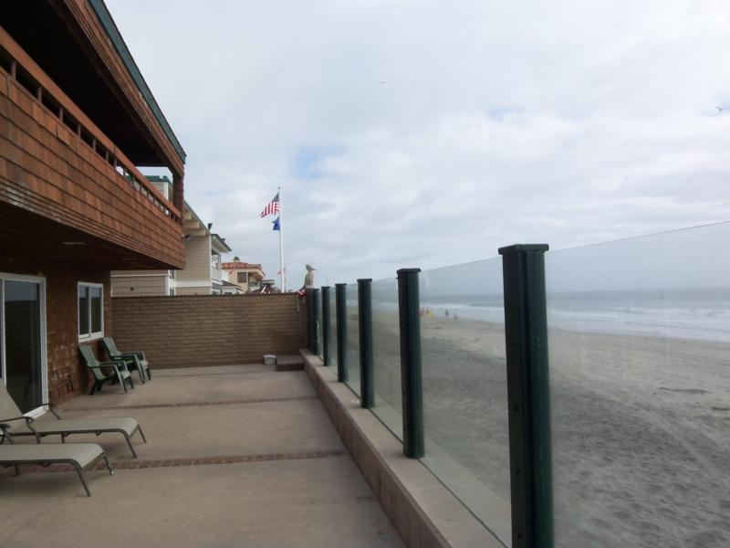 Del Mar oceanfront real estate in the Del Mar beach colony