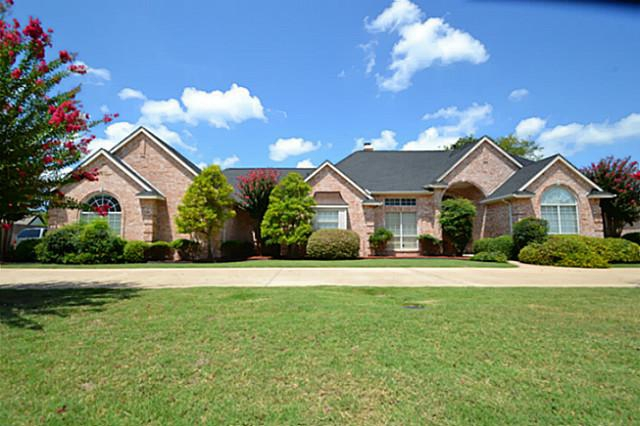A Legendary House in Sleepy Hollow for Sale, Cedar Hill, TX, 75104