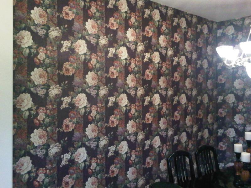 Dining room wallpaper in Owasso, Oklahoma