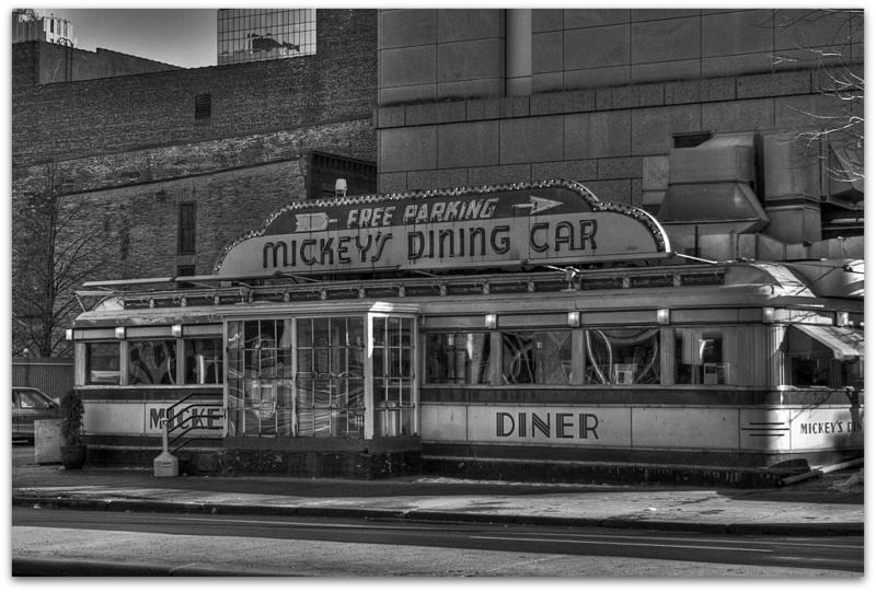 the 1940s art deco street car