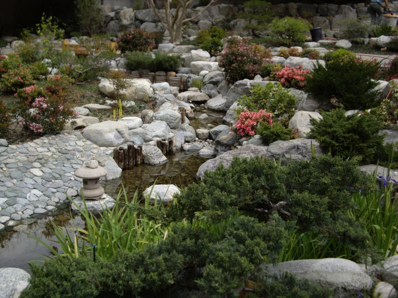 Japanese garden in urban downtown los angeles find peace for Urban japanese garden