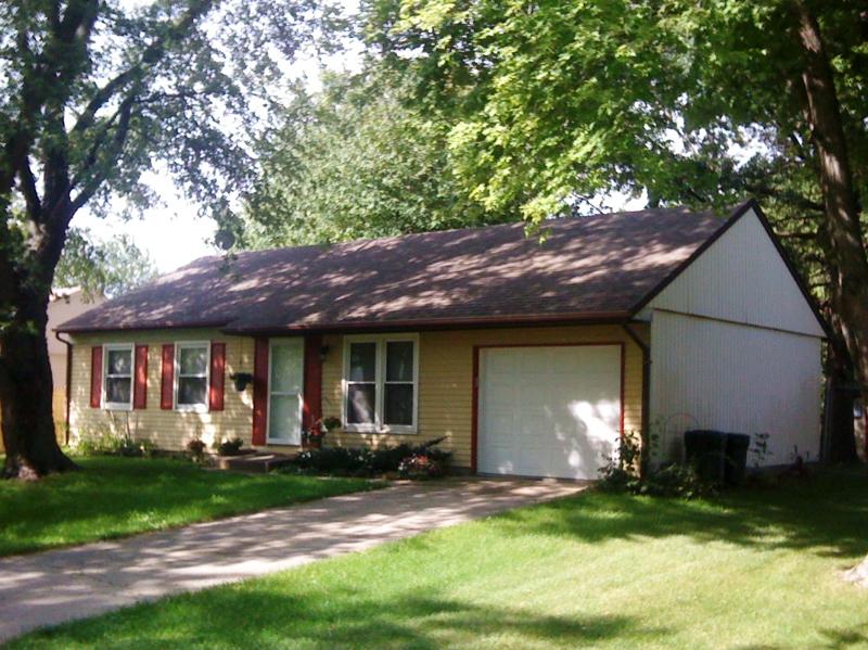 . West Lafayette 3 bedroom home for sale Burnett s Creek school  garage