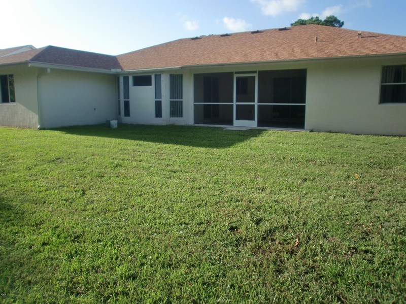 4 2 2 Home In Port St Lucie Fl 159 000