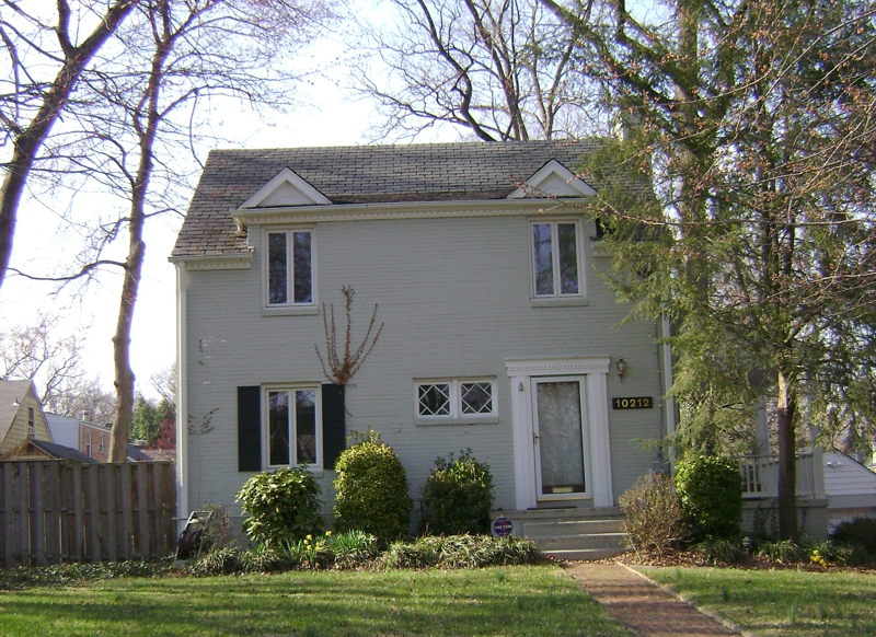 Silver Spring Colonial House in Northwood Park