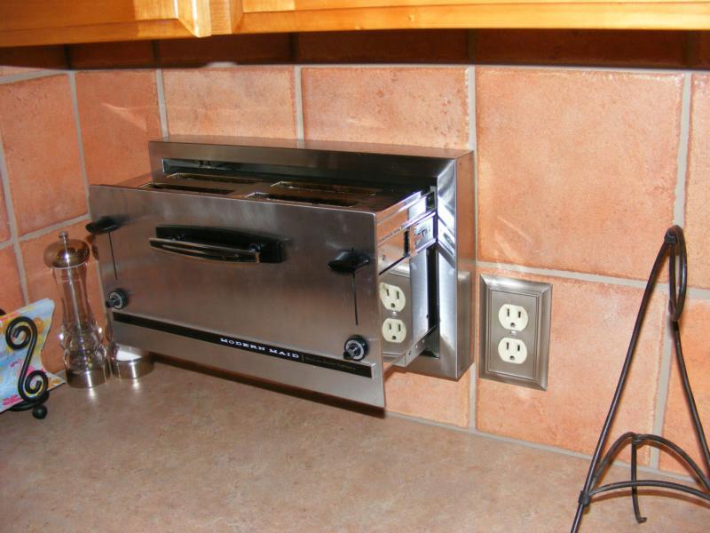 Combination Toaster Smoke Alarm Tester