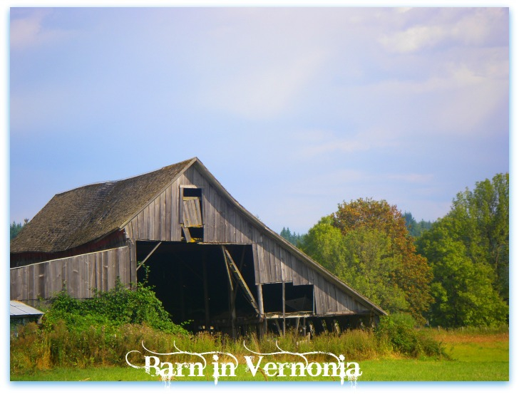 Barn Heading into Vernonia from Hwy 47 South