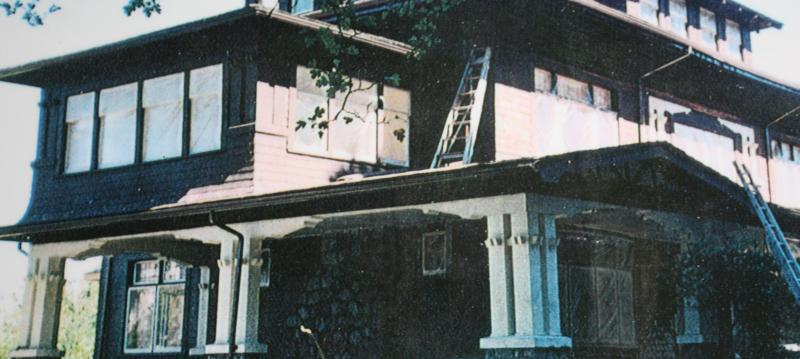 Home Painters In Vancouver Bc House Painting Tips From Z C Patoc Painter Of Fine Homes Since