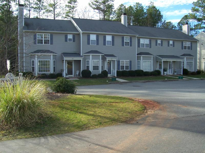 Cary Nc Real Estate Affordable Living In Edgehill Farm