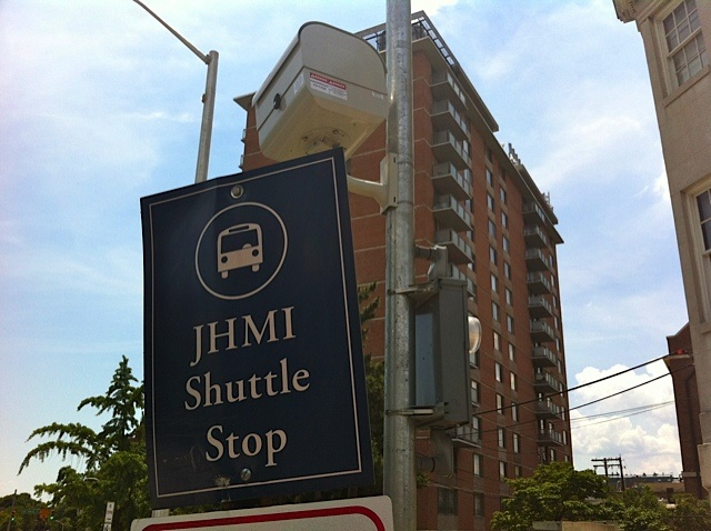 JHMI Shuttle stop at University One