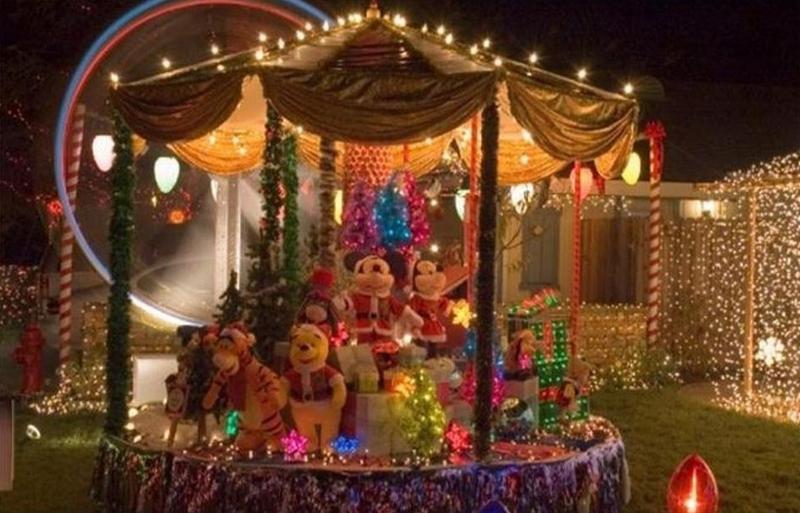 One of the Sacramento area's very best Christmas light shows!