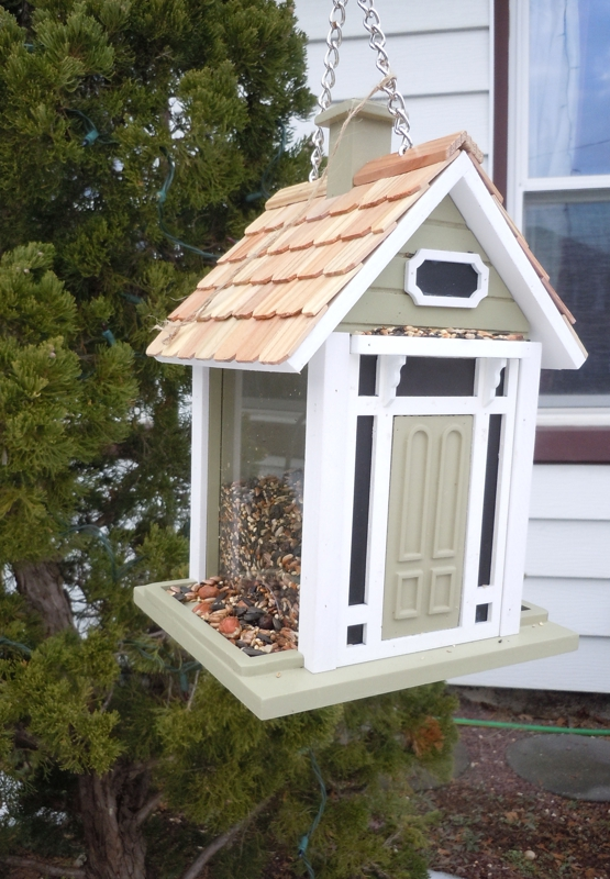 Feng Shui bird houses to simulate fire energy and postive energy
