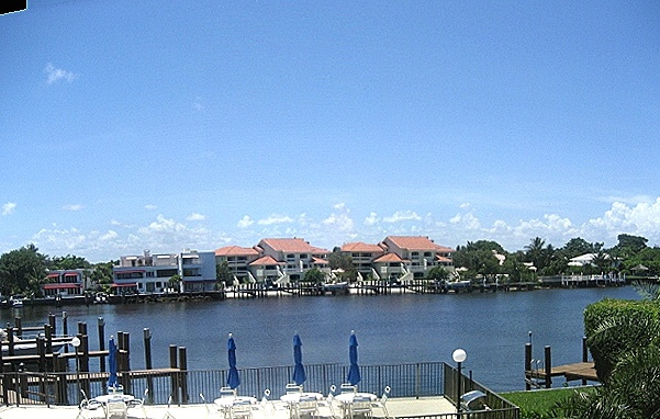 Waterfront Condo for Sale in Delray Beach with Dock