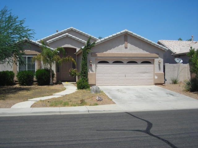 Lender Owned 3 Bedroom home Augusta Ranch, Mesa AZ For Sale - 9636 E LINDNER Ave