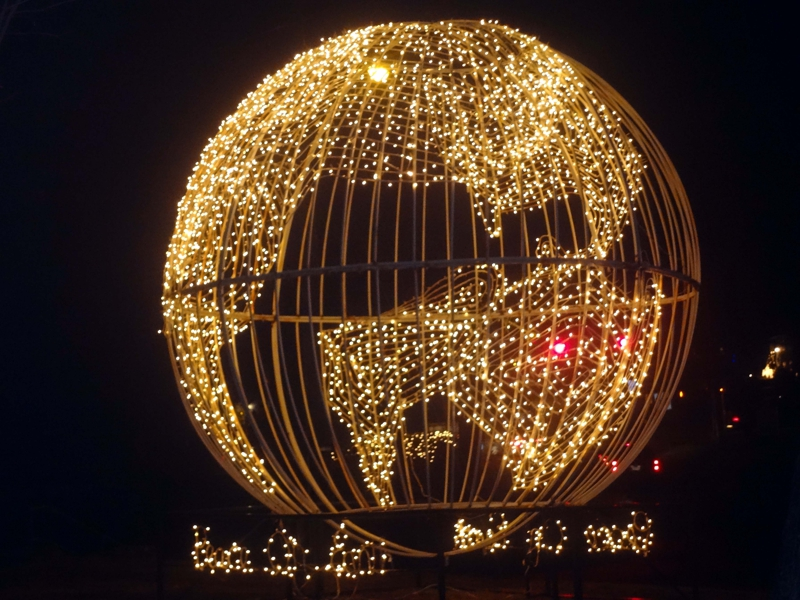 - Christmas Lights In Hubbard Park, Meriden, Connecticut