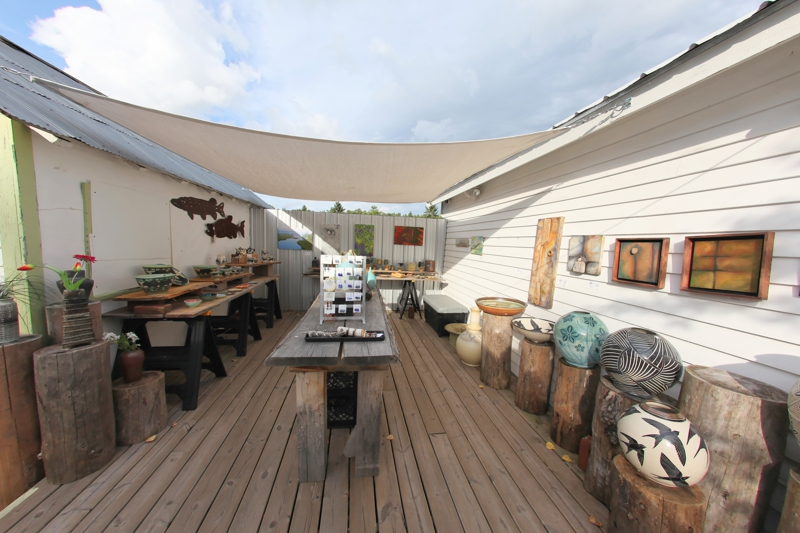 Bell Street Gallery - Labor Day Weekend 2011 - Photo by Eric Kodner, Madeline Island Realty
