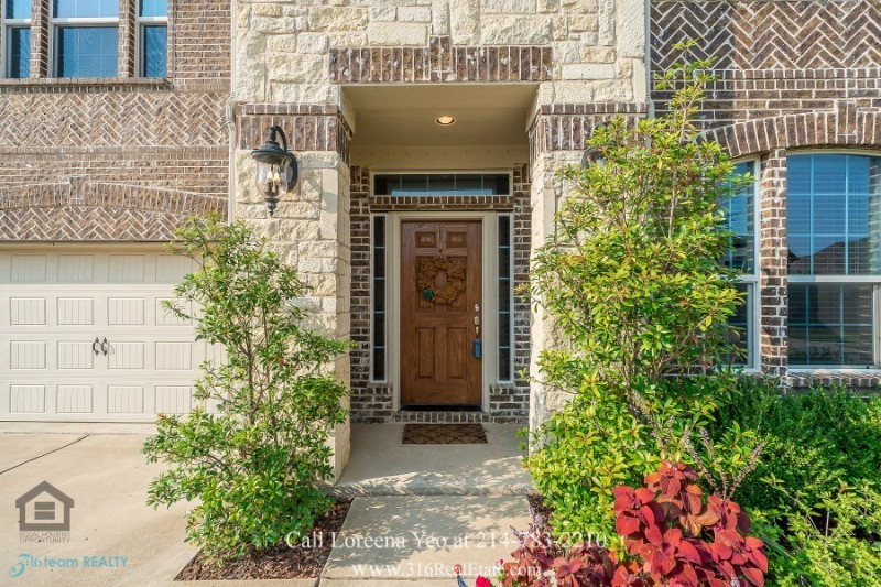 Little Elm TX Homes - Be the proud owner of this beautiful Little Elm TX home for sale.