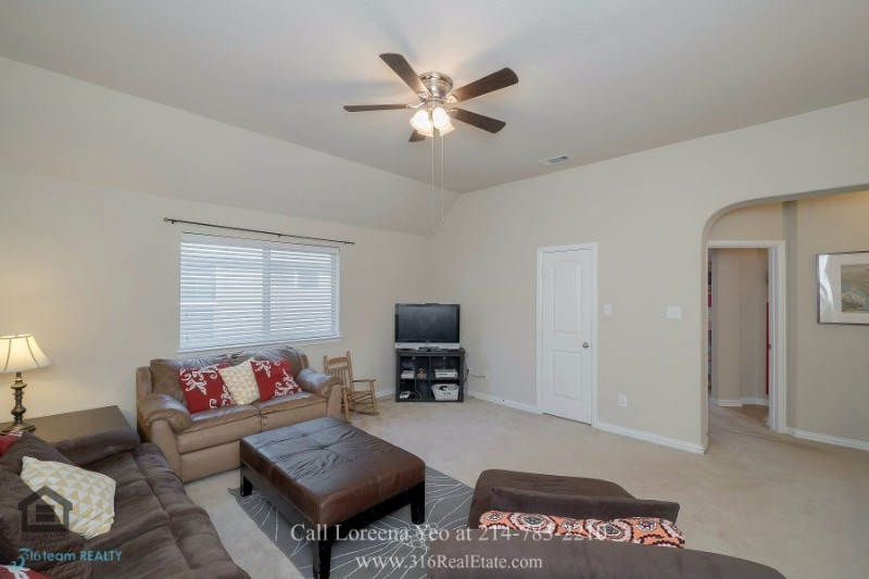 Homes in Little Elm TX - This Little Elm TX home for sale offers comfortable living and great entertaining.