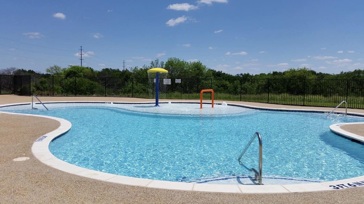 Frisco Hills Pool